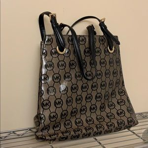 New Michael Michael Kors MK Handbag